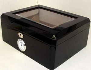 Heritage 50 Cigar Humidor With Humidifier And Hygrometer